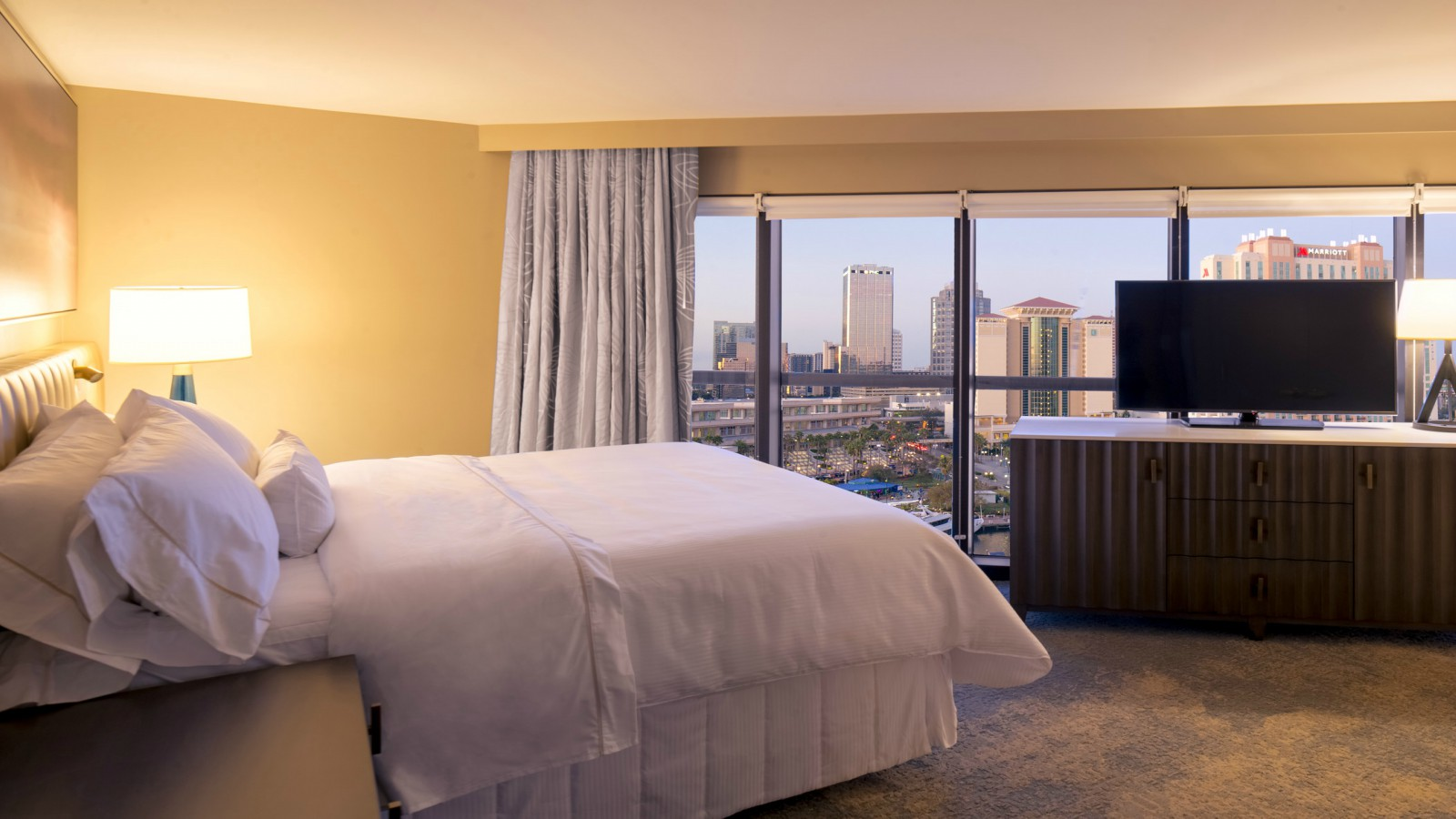 Premium Rooms | The Westin Tampa Waterside